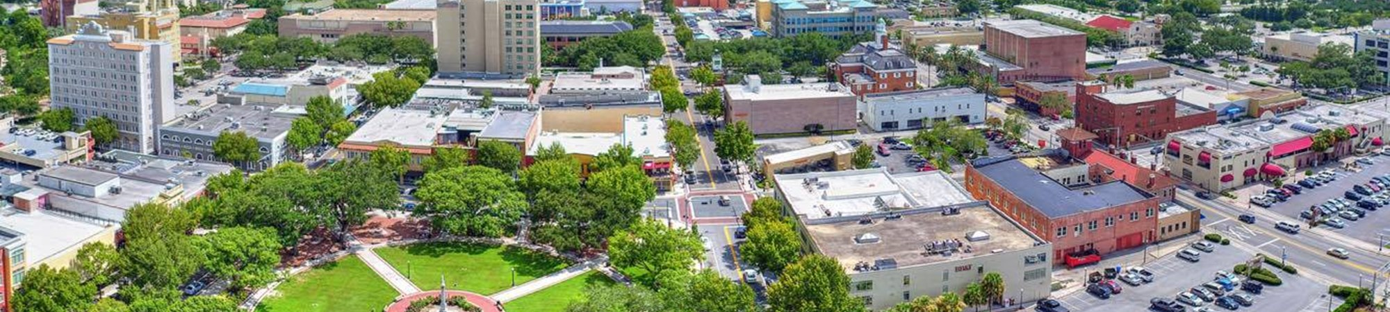 Downtown Lakeland aerial drone Panorama over Munn Park
